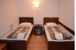 camera nr.1 - camera dubla cu baie la comun