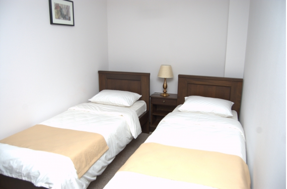 Double room (No. 2) with sofa bed and private bathroom